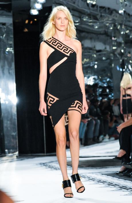 Одежда от Versus Versace