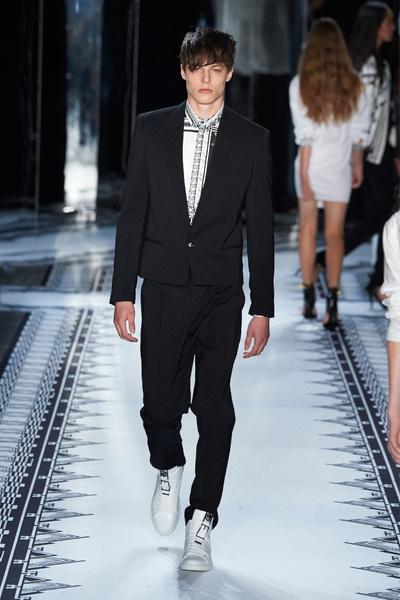 Anthony Vaccarello х Versus Versace
