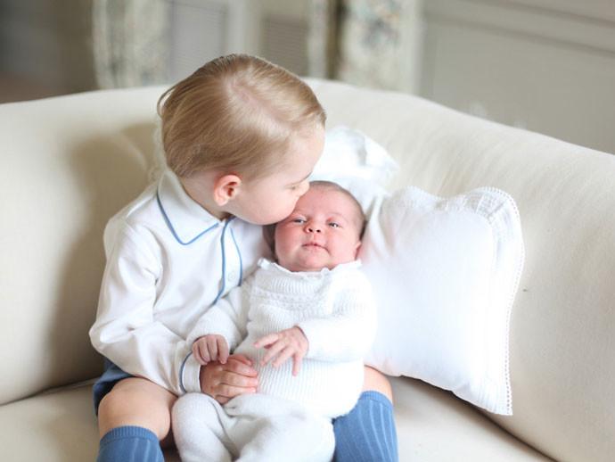 Первое совместное фото принца Георга и принцессы Шарлотты