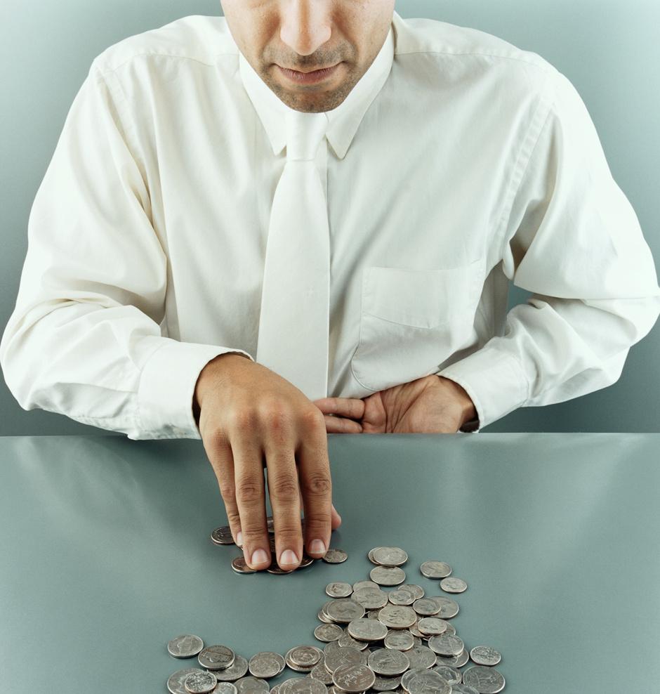 Можно ли научить жадного мужчину щедрости?