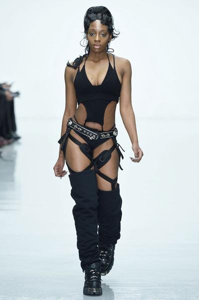 Неделя мужской моды в Лондоне: главные показы | галерея [2] фото [13]