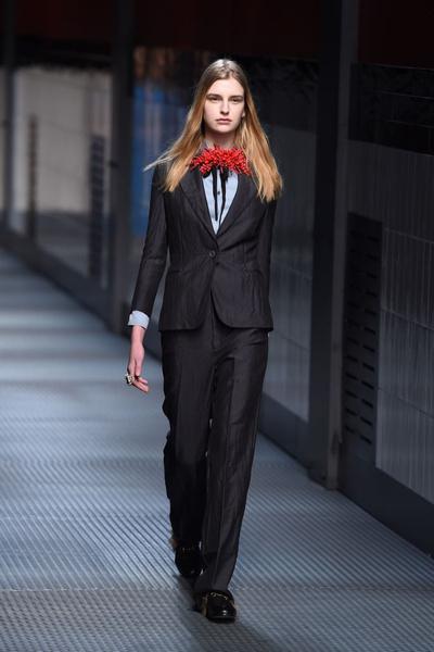 Показ Gucci на Неделе моды в Милане | галерея [1] фото [15]