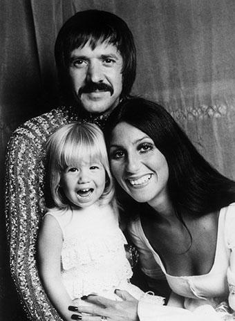 Сонни Боно и Шер с дочерью Честити