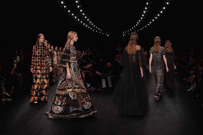 Неделя моды в Париже: показ Valentino ready-to-wear осень — зима 2015-2016