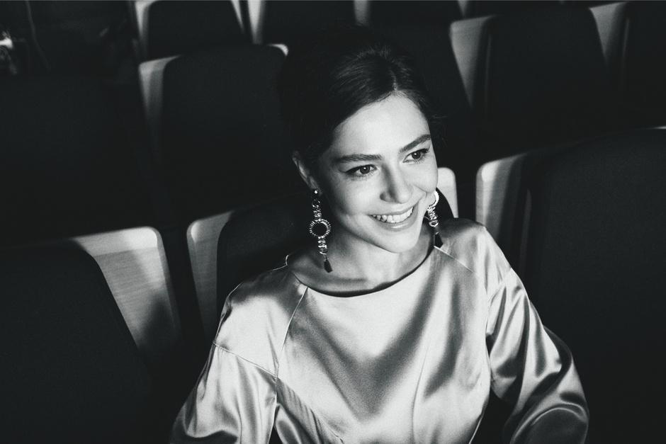 Елена Лядова, исполнительница роли Нади Служкиной Географ глобус пропил Ника 2014