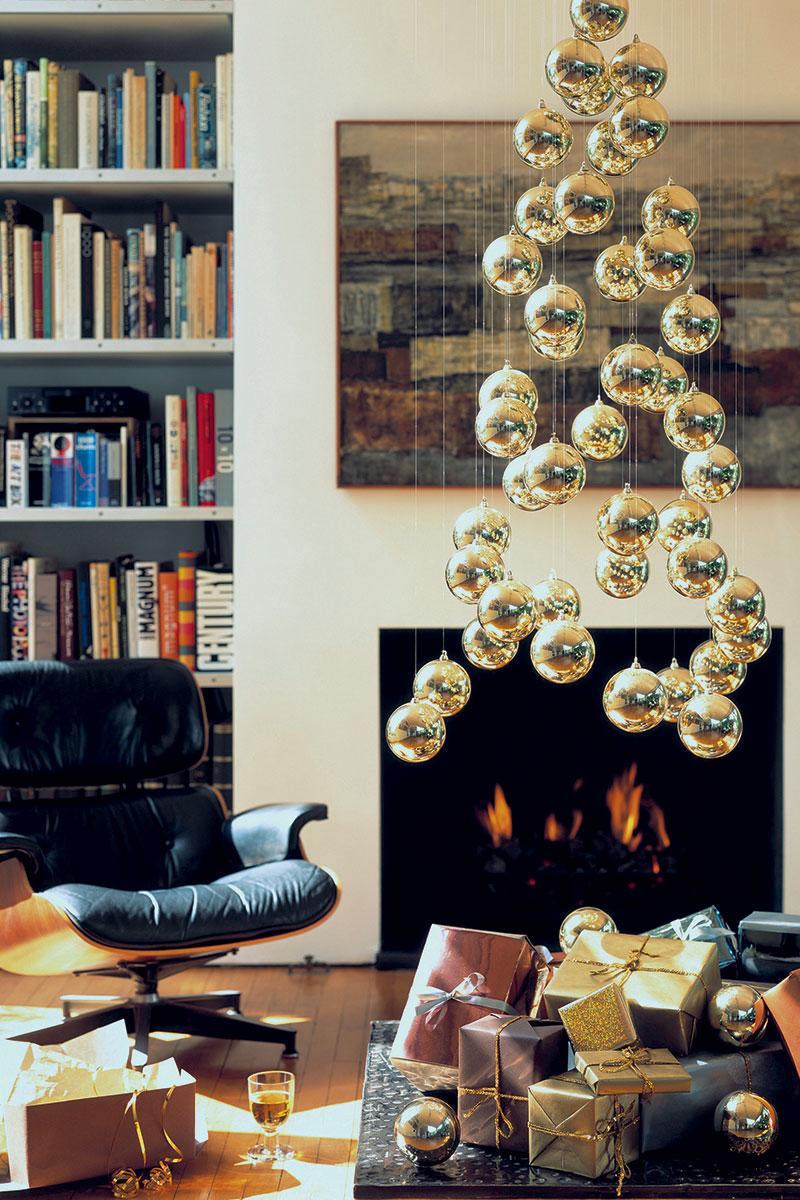 Украшение новогоднее с корягой