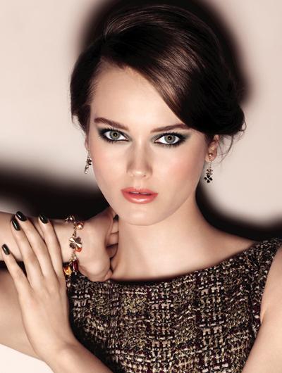 Chanel представил осеннюю коллекцию макияжа 2013 Superstition Collection
