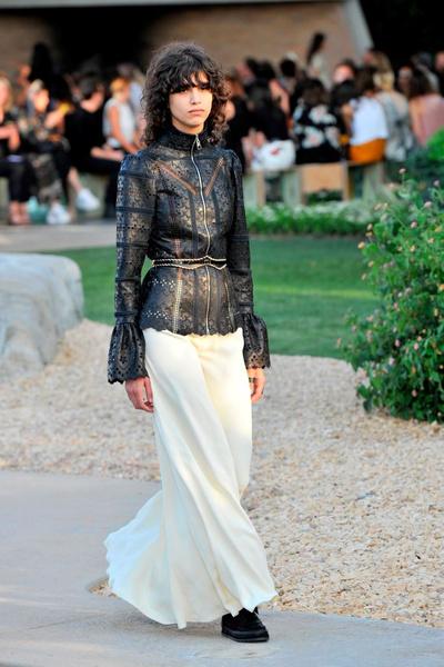 Показ круизной коллекции Louis Vuitton в Палм-Спринг | галерея [1] фото [20]