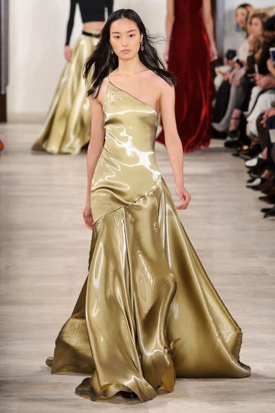 Самые красивые образы Недели моды в Нью-Йорке | галерея [1] фото [7]