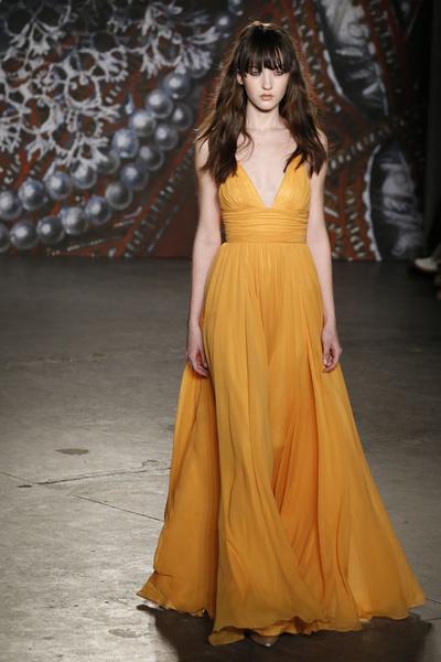 Самые роскошные вечерние платья Недели моды в Нью-Йорке | галерея [2] фото [13]