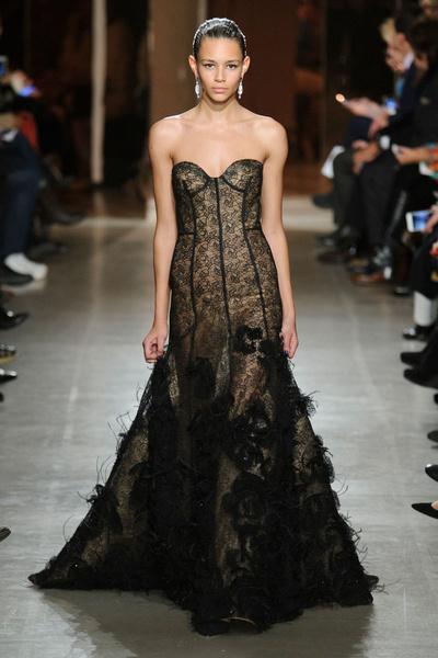 Показ Oscar de la Renta на Неделе моды в Нью-Йорке | галерея [1] фото [6]