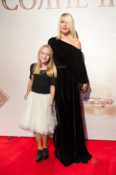 Дарья Михалкова с дочкой Наташей