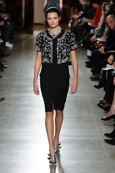 Показ Oscar de la Renta на Неделе моды в Нью-Йорке | галерея [1] фото [26]