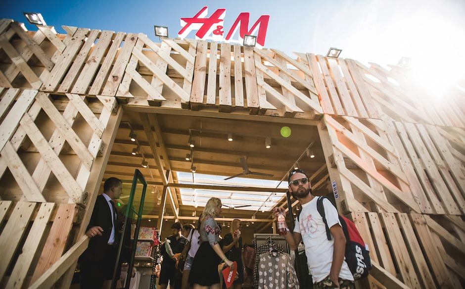 На фестивале «Ласточка» откроется pop-up бутик H&M