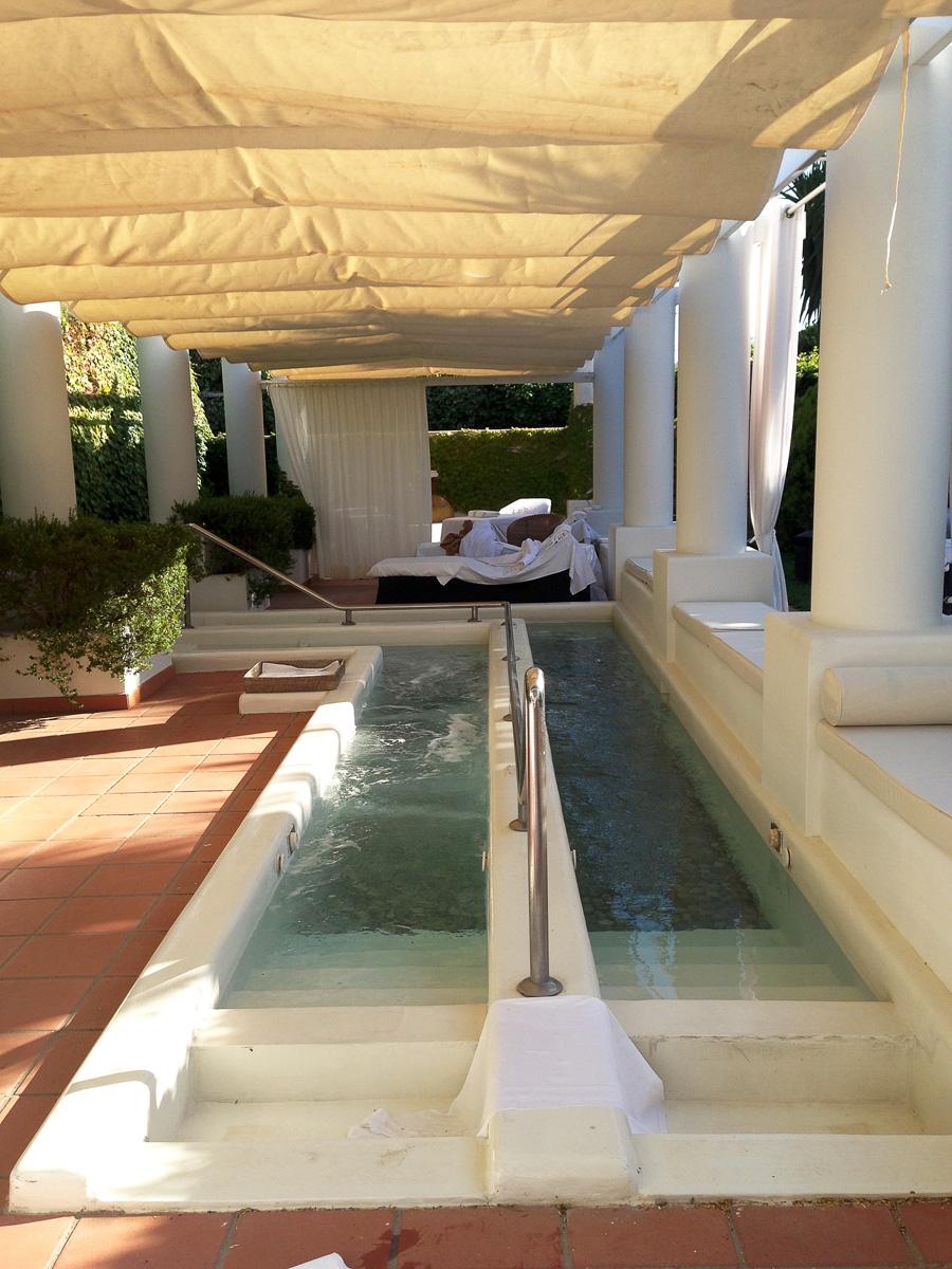 «Школа ног» в отеле Capri Palace