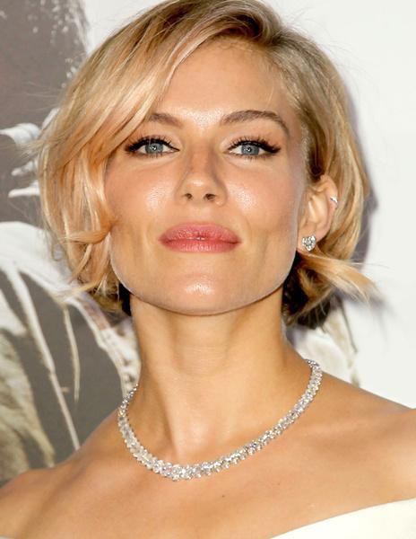 Тренд налицо: звездные блондинки с контрастными темными бровями | галерея [1] фото [3]