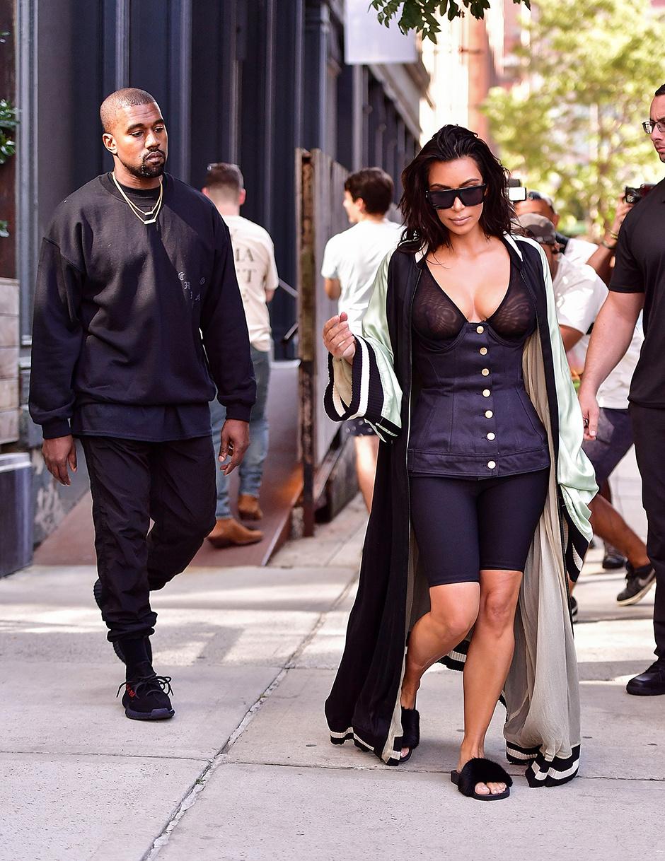 15 самых скандальных нарядов Ким Кардашьян за последний год