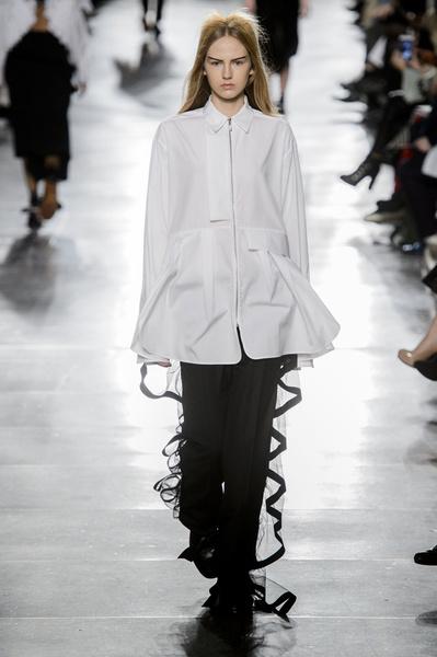 Самые красивые образы Недели моды в Лондоне | галерея [1] фото [28]