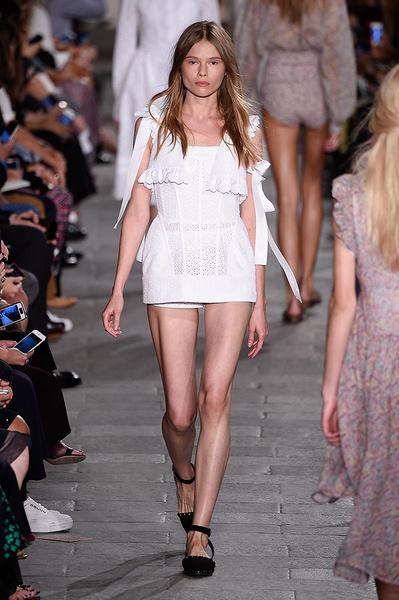 Неделя моды в Милане: день третий   галерея [4] фото [12]