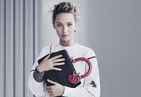 Дженнифер Лоуренс в рекламе сумок Be Dior | галерея [1] фото [4]