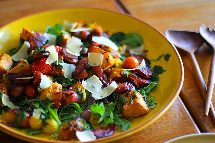 Пир на весь мир: новогодние салаты почти без калорий