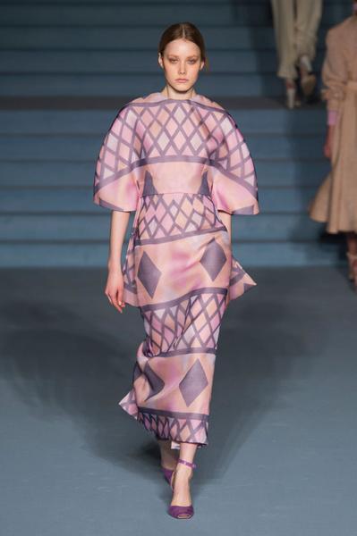Неделя моды в Лондоне: 21 февраля | галерея [1] фото [8]