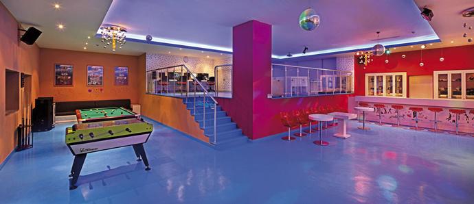 Развлекательный центр Teen Club