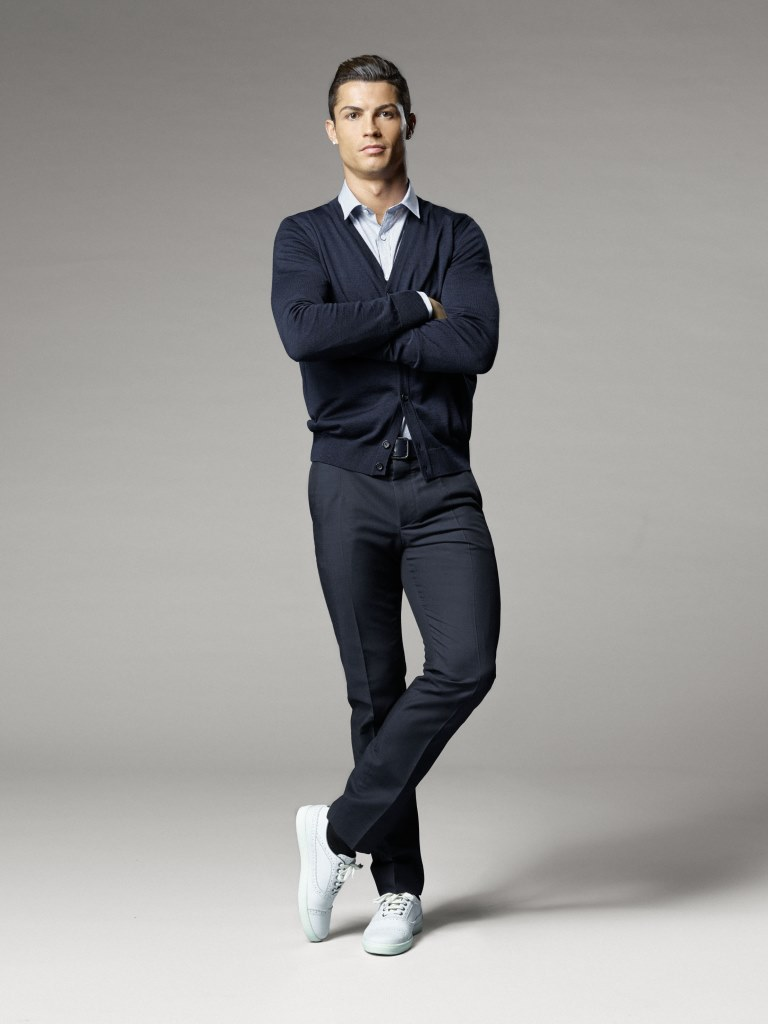 Криштиану Роналду выпустил новую коллекцию обуви CR7 Footwear