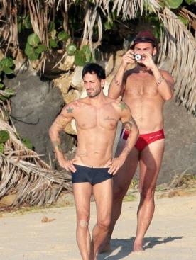 Марк Джейкобс и Лоренцо Мартоне во время отпуска на острове Сент-Бартс