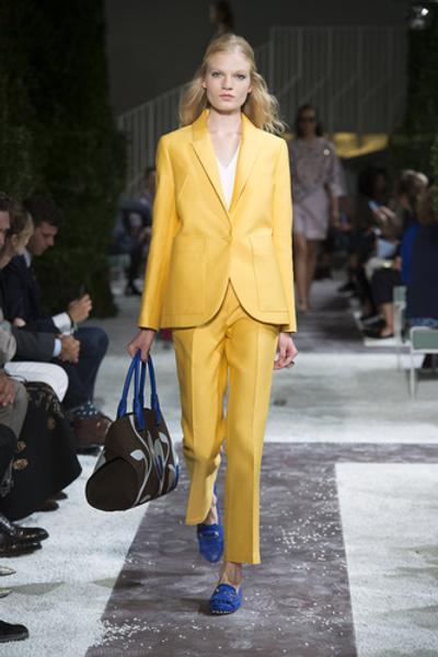 НУЖНЫЙ ТОН: Какие цвета и сочетания цветов в моде этим летом? | галерея [1] фото [3]