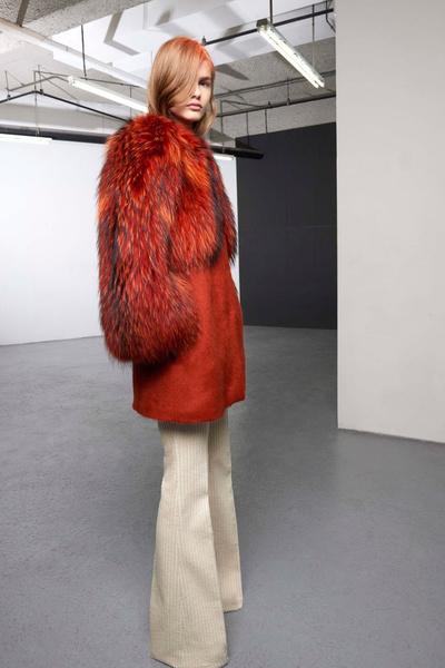Бренд Giambattista Valli представил новую pre-fall коллекцию | галерея [1] фото [4]