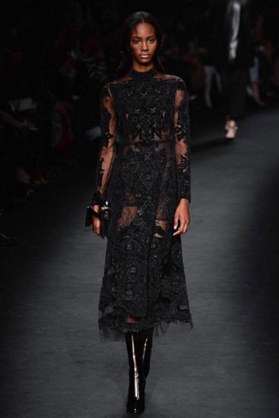 Неделя моды в Париже: показ Valentino ready-to-wear осень — зима 2015-2016 | галерея [1] фото [42]