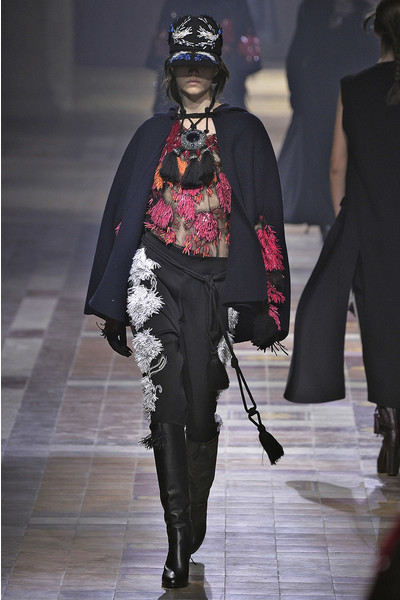 Показ Lanvin на неделе моды в Париже | галерея [1] фото [38]