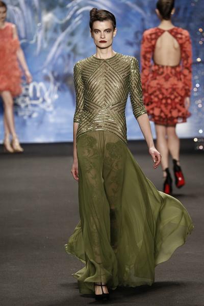 Самые роскошные вечерние платья Недели моды в Нью-Йорке | галерея [3] фото [11]