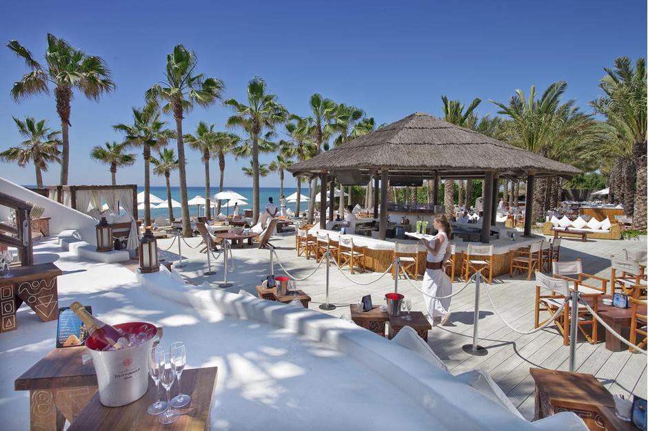 Франция, Сен-Тропе, Nikki beach Куда поехать на медовый месяц