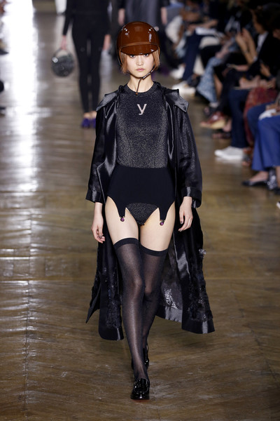 Показ Ulyana Sergeenko на Неделе Haute Couture в Париже | галерея [1] фото [7]