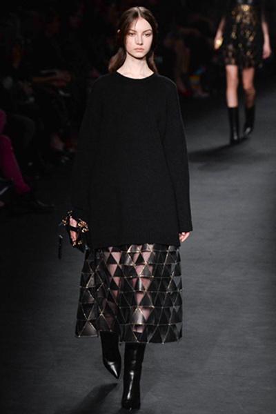Неделя моды в Париже: показ Valentino ready-to-wear осень — зима 2015-2016 | галерея [1] фото [22]