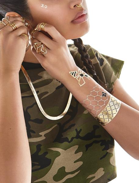 Бейонсе снялась в рекламе собственной коллекции флэш-тату | галерея [1] фото [6]