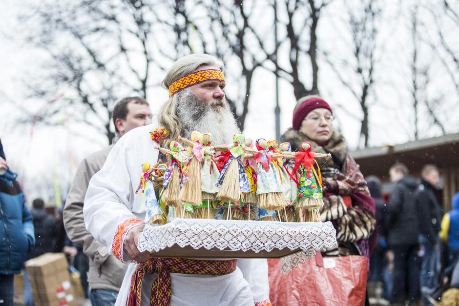 Не все коту масленица: праздничные гуляния в московских парках