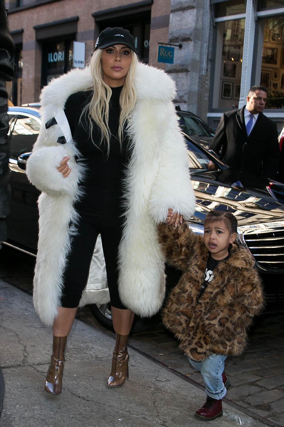 10 ключевых вещей в гардеробе Ким Кардашьян