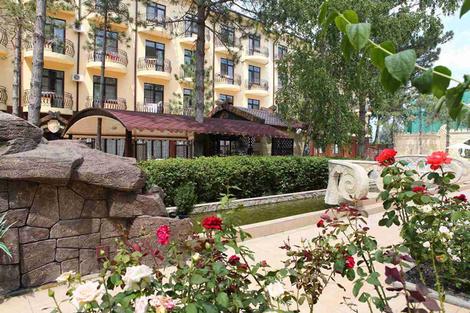 На своем берегу: лучшие отели на Черном море | галерея [5] фото [2]