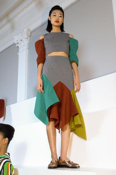 Самые красивые образы Недели моды в Лондоне | галерея [1] фото [14]