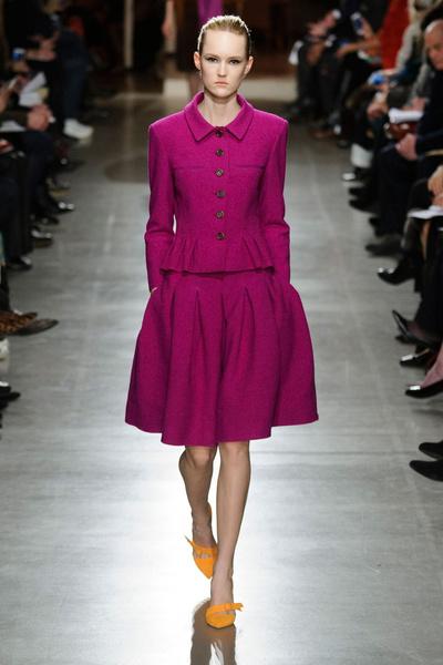 Показ Oscar de la Renta на Неделе моды в Нью-Йорке | галерея [1] фото [30]