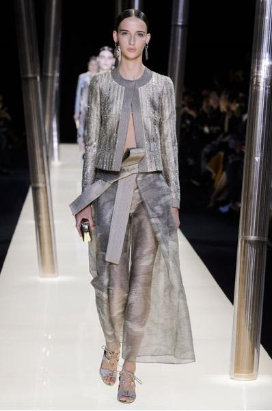 На Неделе высокой моды в Париже прошел юбилейный показ Giorgio Armani Prive | галерея [1] фото [11]