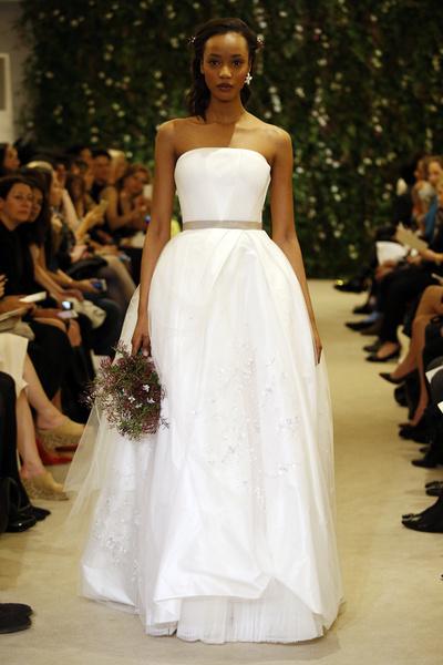 60 пышных свадебных платьев 2015 | галерея [1] фото [51]