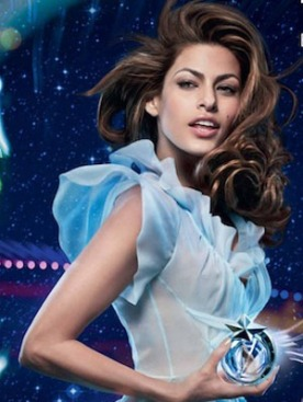 Ева Мендес в рекламе духов Angel by Thierry Mugler