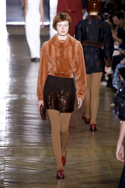 Показ Ulyana Sergeenko на Неделе Haute Couture в Париже | галерея [1] фото [13]
