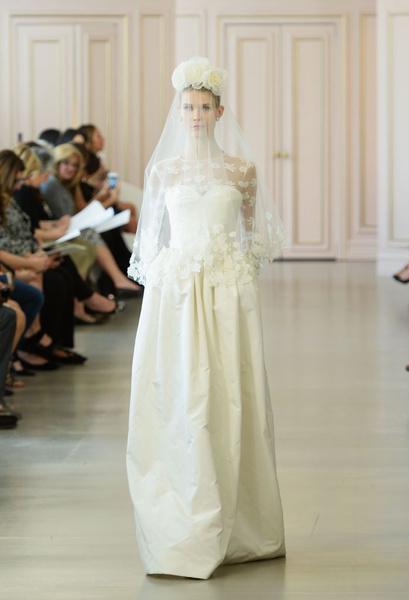 Дом Oscar de la Renta представил новую свадебную коллекцию | галерея [1] фото [10]