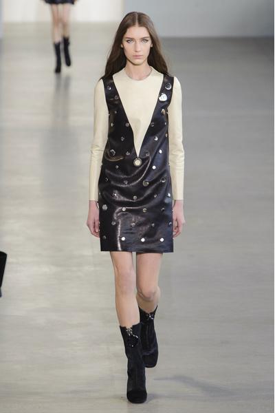 Показ Calvin Klein на Неделе моды в Нью-Йорке | галерея [1] фото [16]