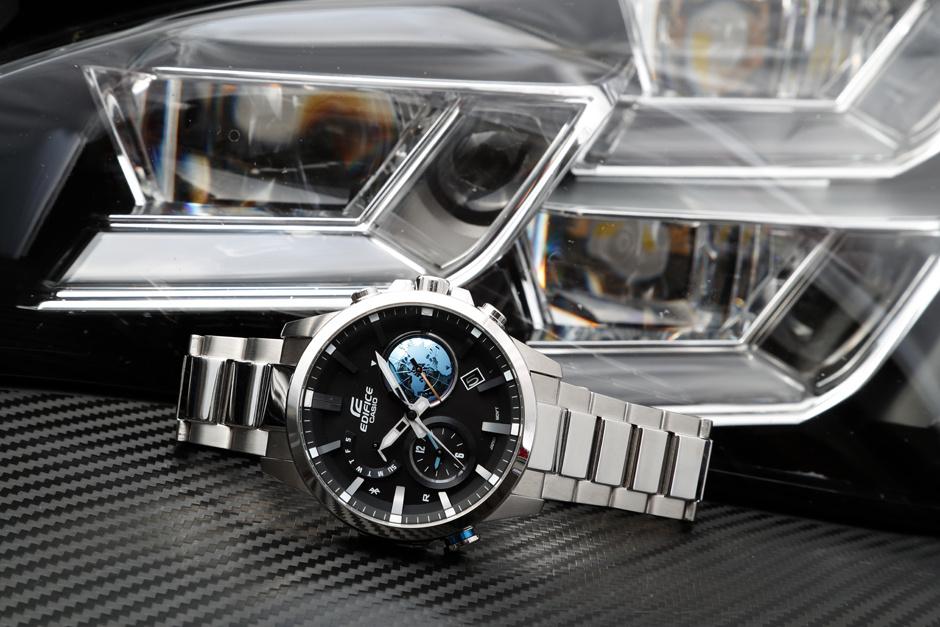 Casio представил новые часы Edifice